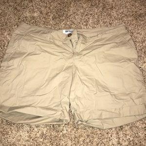Bermuda KHAKI shorts